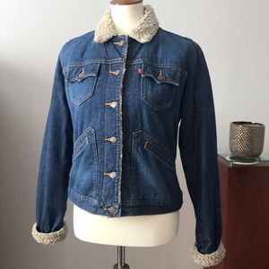 Levi's jean jacket with Sherpa lining